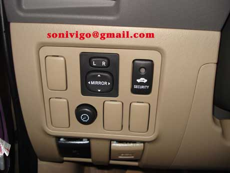 door panel of LHD Toyota Hilux Vigo 2011