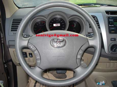 steering of LHD Toyota Hilux Vigo 2011