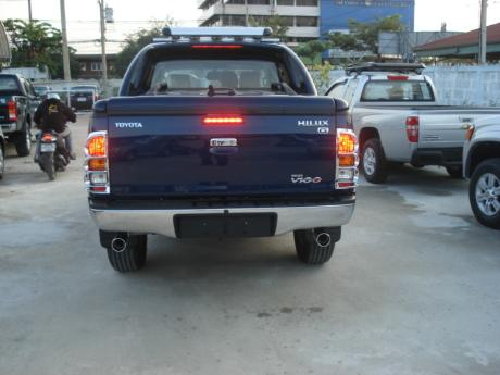 new Toyota Hilux Vigo Double Cab with Superlid at Thailand's top Toyota Hilux Vigo dealer Jim Autos Thailand