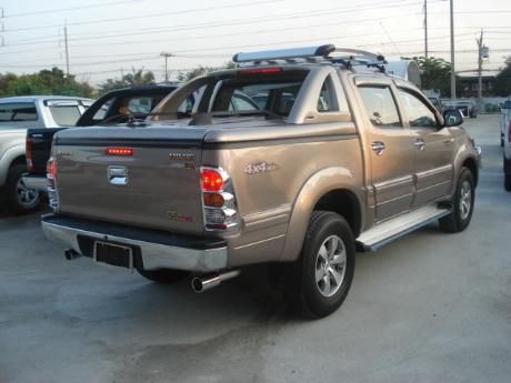 new Toyota Hilux Vigo Double Cab with Superlid GSR at Thailand's top Toyota Hilux Vigo dealer Jim Autos Thailand