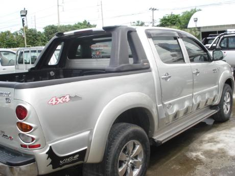 used Toyota Hilux VigoDouble Cab 4x4 G at Thailand's top Toyota new and used Hilux Vigo dealer Jim Autos Thailand